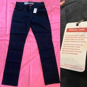 NWT dENiZEN Black Jeans Size 2 Short